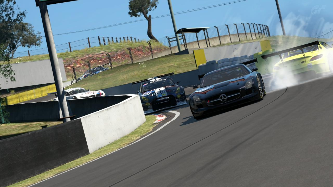 Mount Panorama Motor Racing Circuit_16