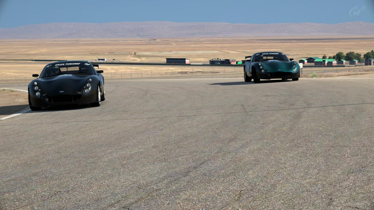 Willow Springs International Raceway _ Streets of Willow Springs_2